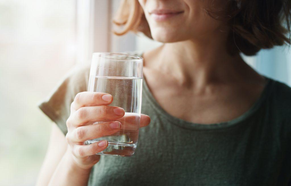 quanti litri dacqua da bere per perdere peso